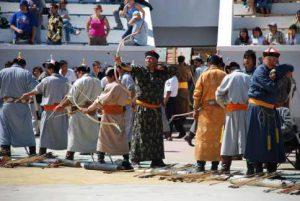 Mongolische Bogenschützen auf dem Naadam Fest in Ulan Bator in der Mongolei